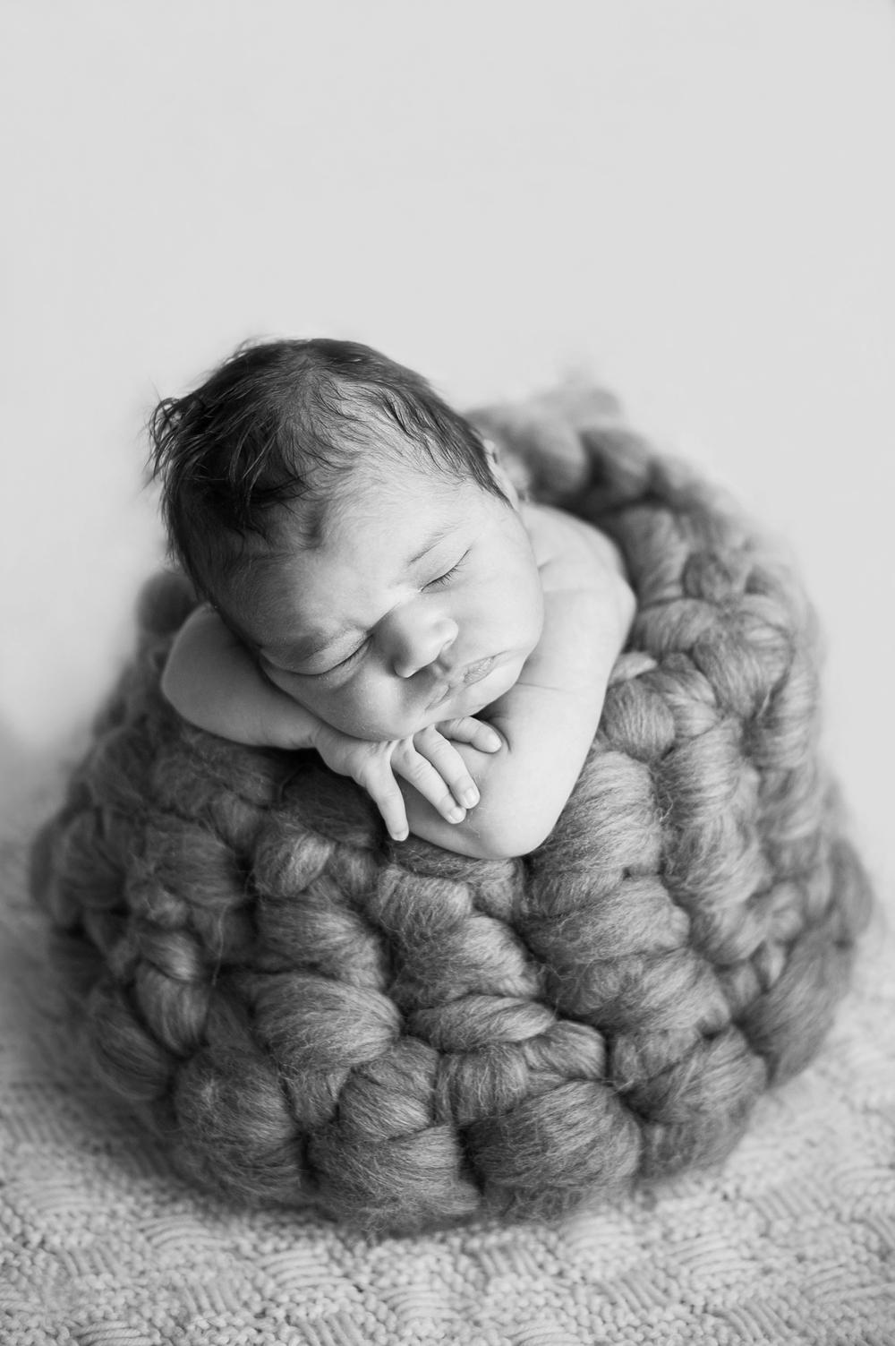 landon newborn blog_0003.jpg