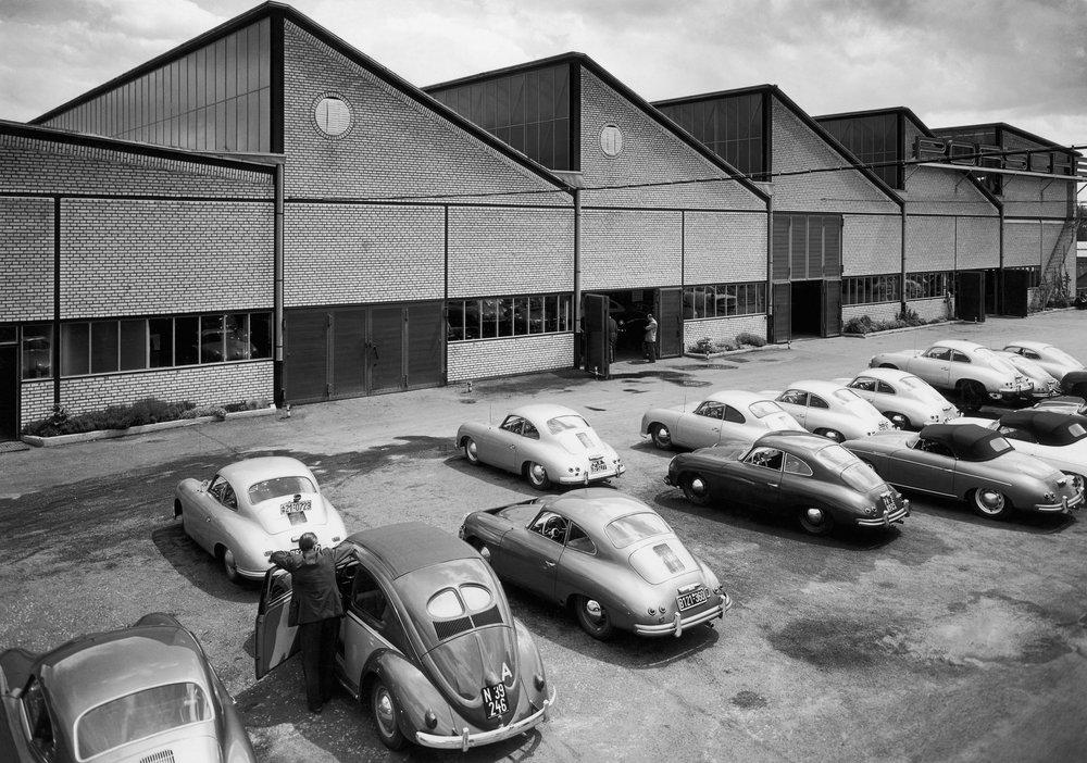 1956 Porsche werk II Productionhof und Bau I HAV 2607.jpg
