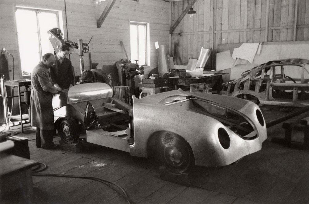 1948-50 356-2 Gmund assembly HAV 857.jpg