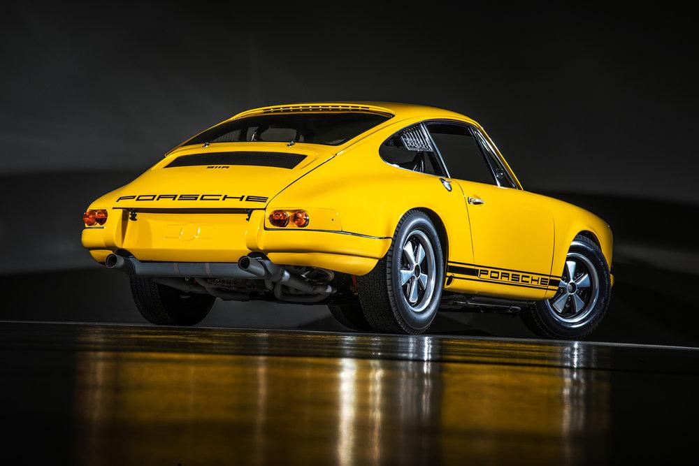 67 Porsche 911R 09.jpg