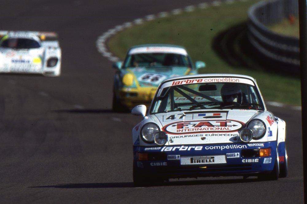 1993 911(964) Carrera RS Le Mans Barth-Dupuy-Gouhier 2 (arch. JM Teissedre).jpg