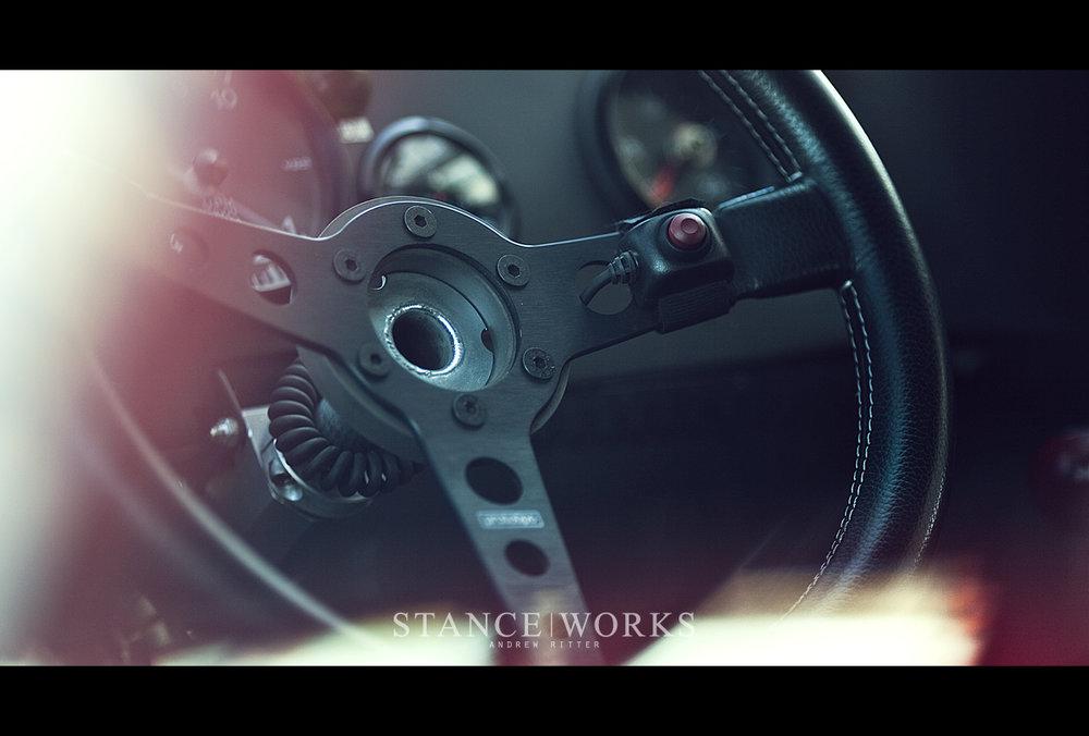 momo-prototipo-porsche-935-interior-rennsport-reunion.jpg