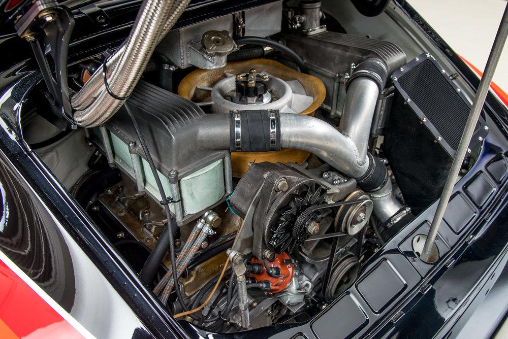 77 Porsche 934.5 26.jpg
