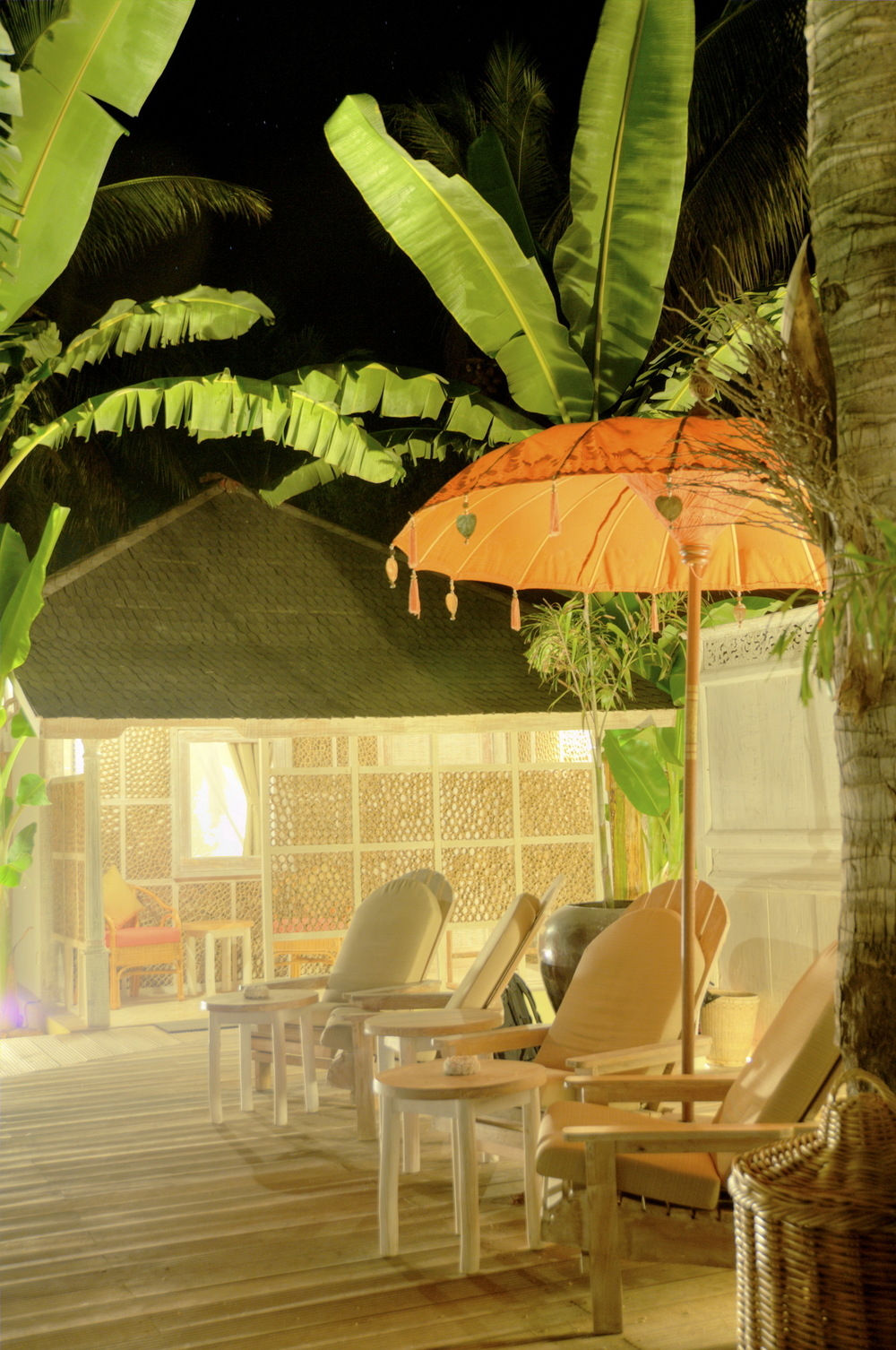 Terrace Bungalow in Gili Trawangan by night