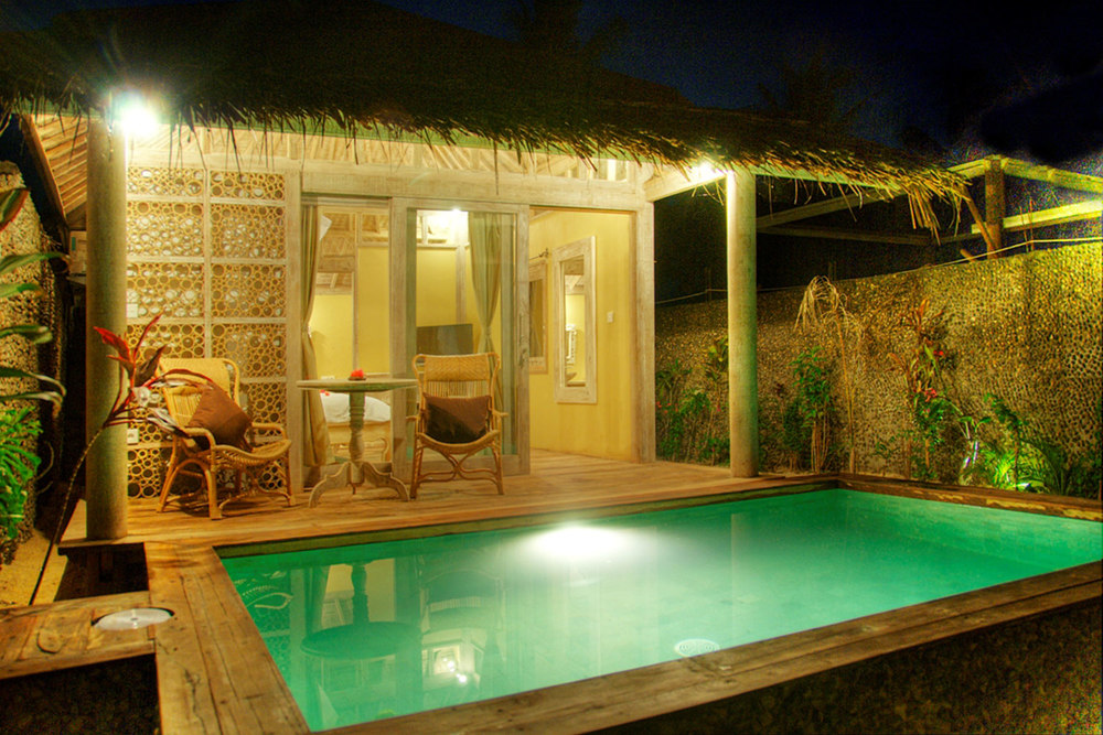 Villa pool by night in gili trawangan