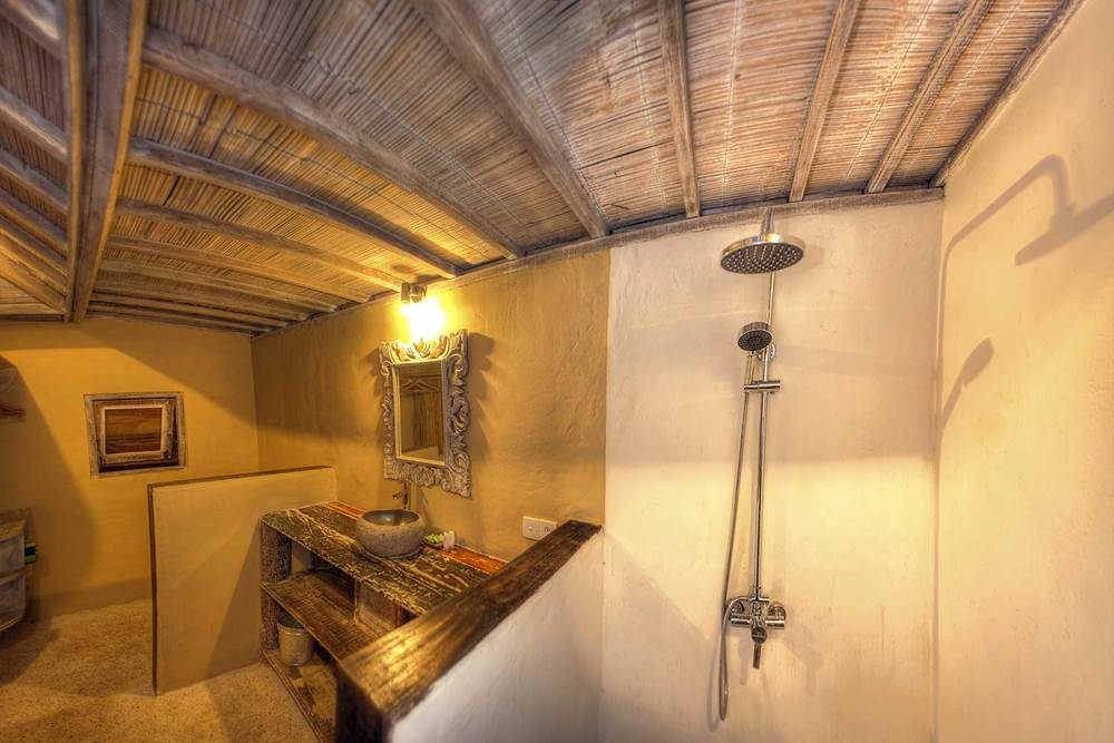 shower villa 2 Bedrooms gili - Les VIllas Ottalia
