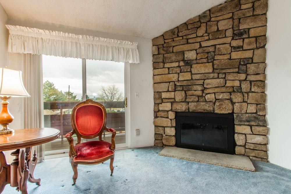 Living-Room_1800x1200_2694162.jpg