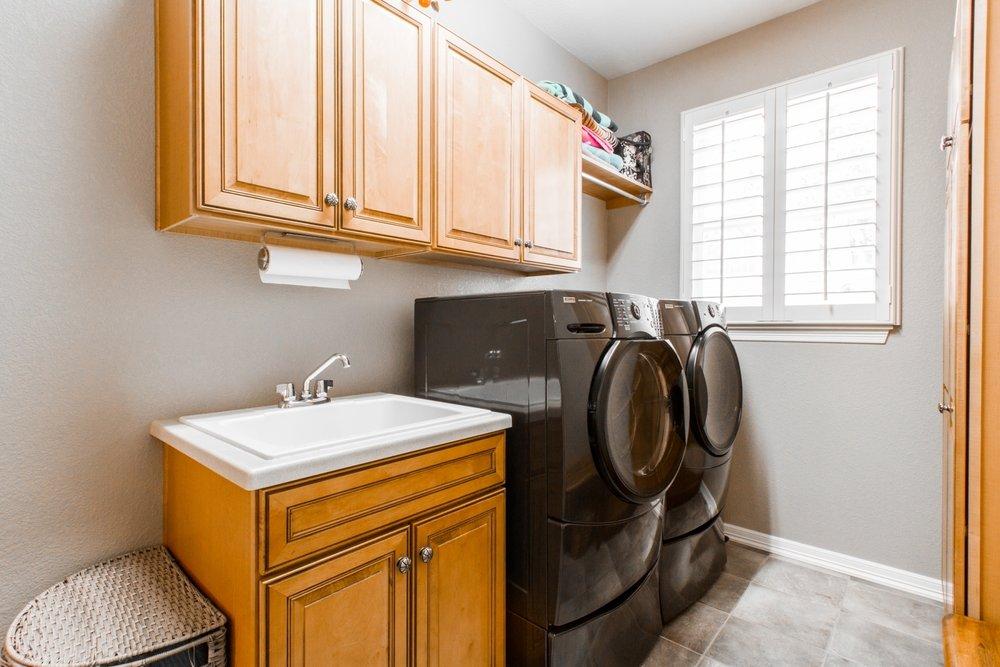 Laundry-Room_1800x1200_2768932.jpg