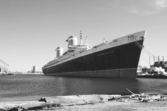 S.S. United States. Used to be world's fastest Ocean Liner. Resting in Philadelphia. #philadelphia  #pier78 #LifeOnTheRoad #americantrucker
