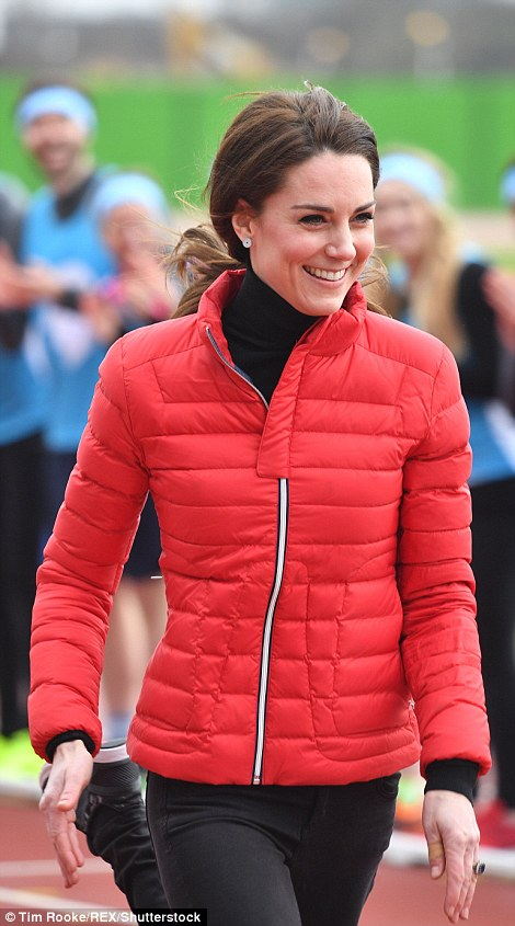 Kate Middleton in Perfect Moment9.jpg