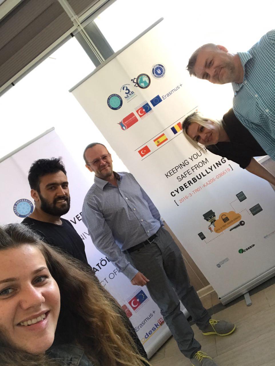 Primera reunión del equipo en Turquía / first meeting of the team in Turkey.