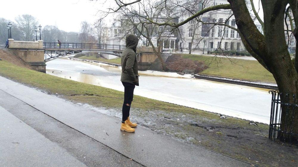 David paseando por Riga