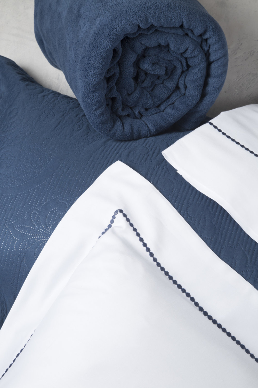 Como guardar edredons e cobertores - dobrar corretamente