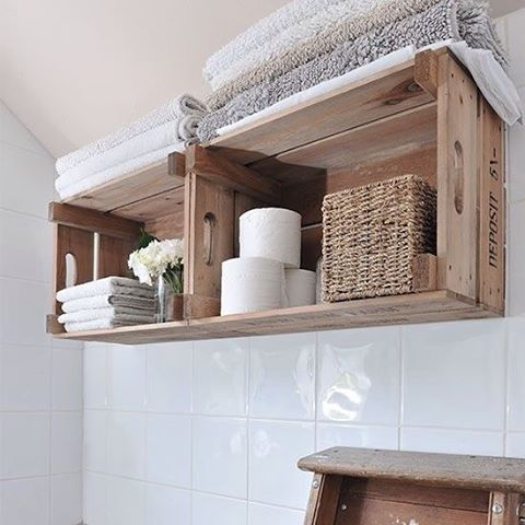 Use caixotes para decoração de banheiros