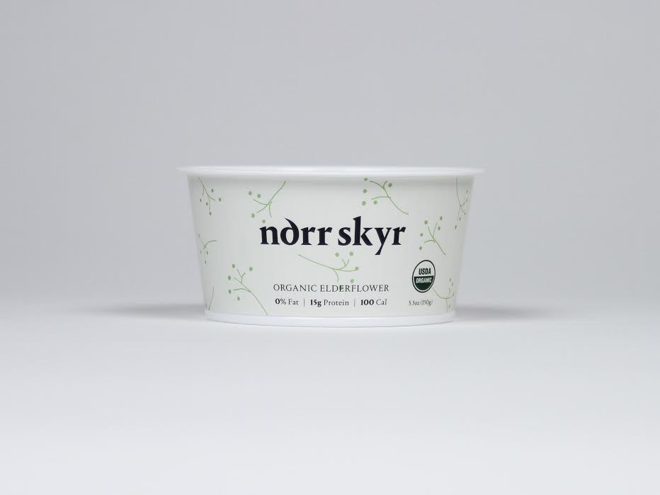 pia_angela_norr_skyr_packaging_design_elderflower.jpg