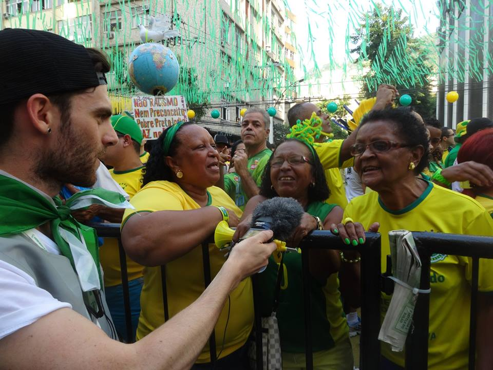 brazil fans.jpg