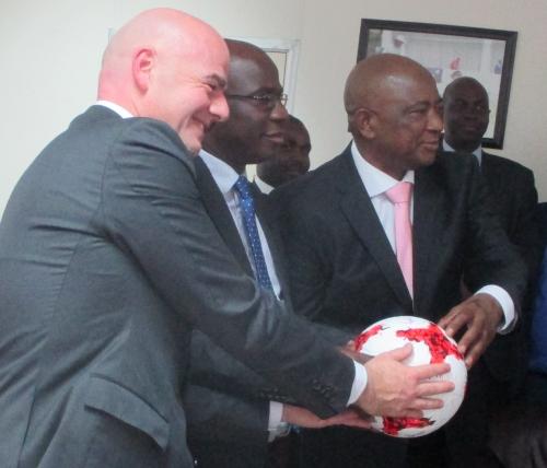 Infantino with Zifa president Phillip Chiyangwa (right)and Zimbabwe Sports Minister Makhosini Hlongwane.