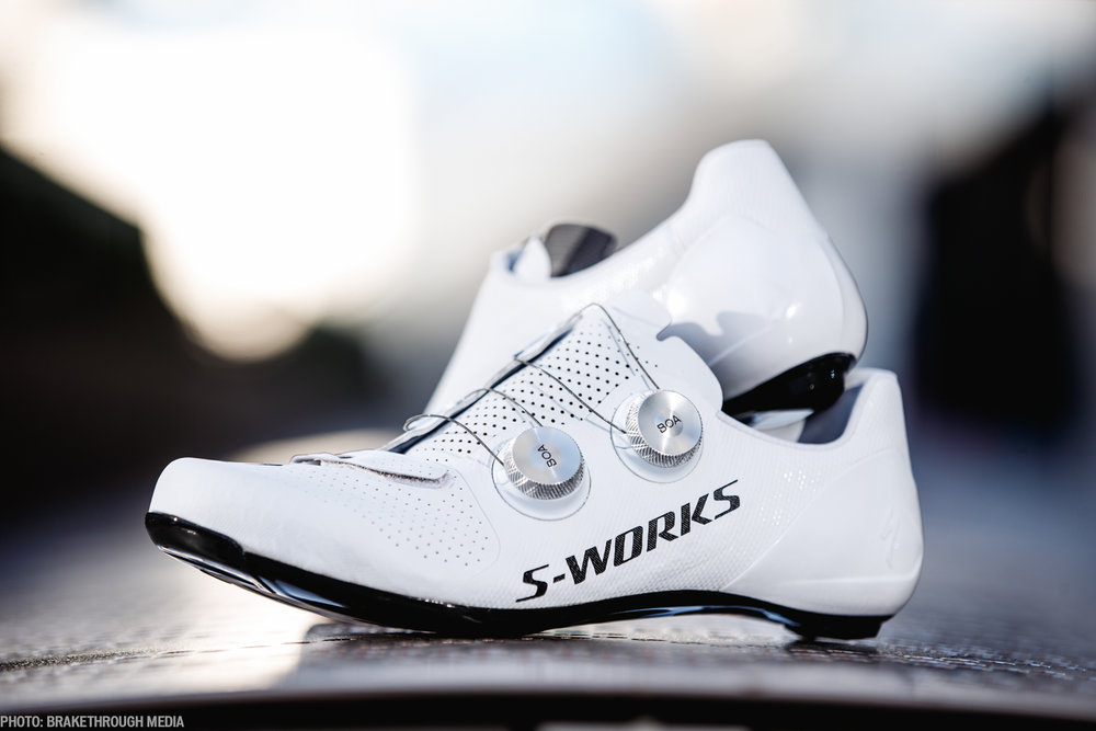 What makes the perfect cycling shoe? Is it exceptional power transfer? Superior Comfort? Undeniable style? The simple answer is 'yes' to all of the above. With the S-Works 7, you get a shoe with no compromises.