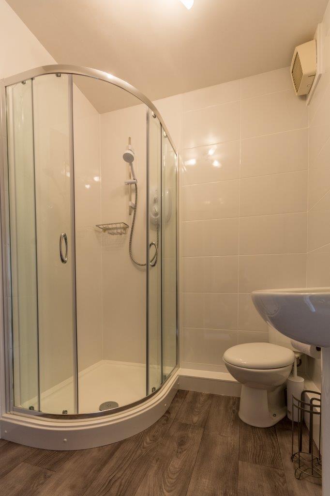 Self Catering Keswick Holidays 9 Greta Side Court Bathroom.jpg