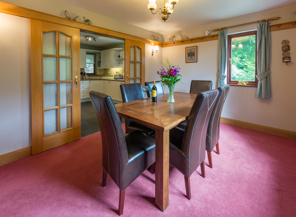 Dining Room - Beech Nook Thornthwaite, Keswick Holidays Self Catering.jpg
