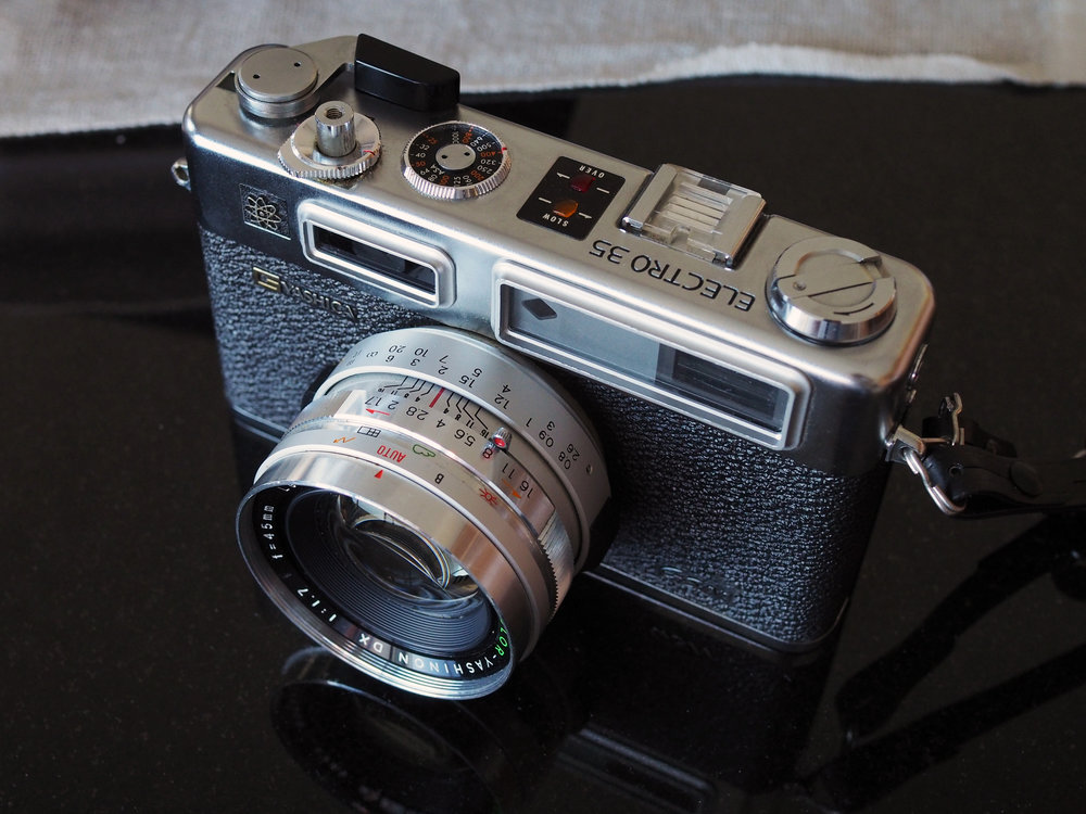 Behold, the Yashica Electro 35 GSN. This is a camera review, not a beauty contest, so I'll say no more here.