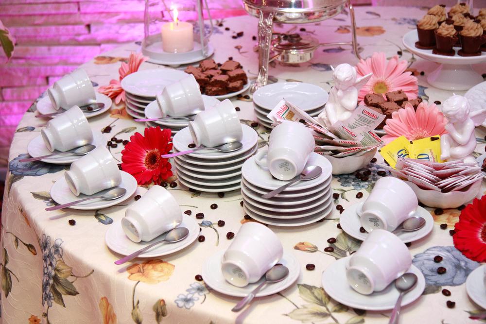 Mesa de café com especiarias (2).jpg