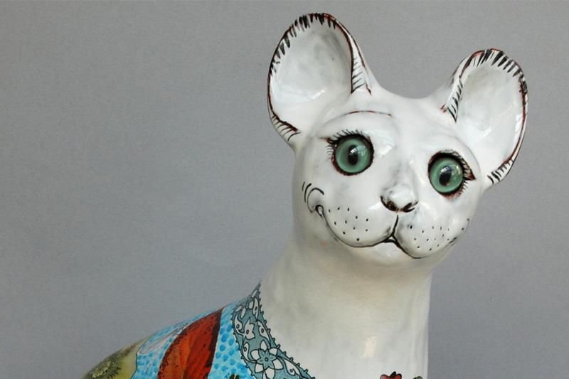 'Ariadne' Cat with Blue Coat