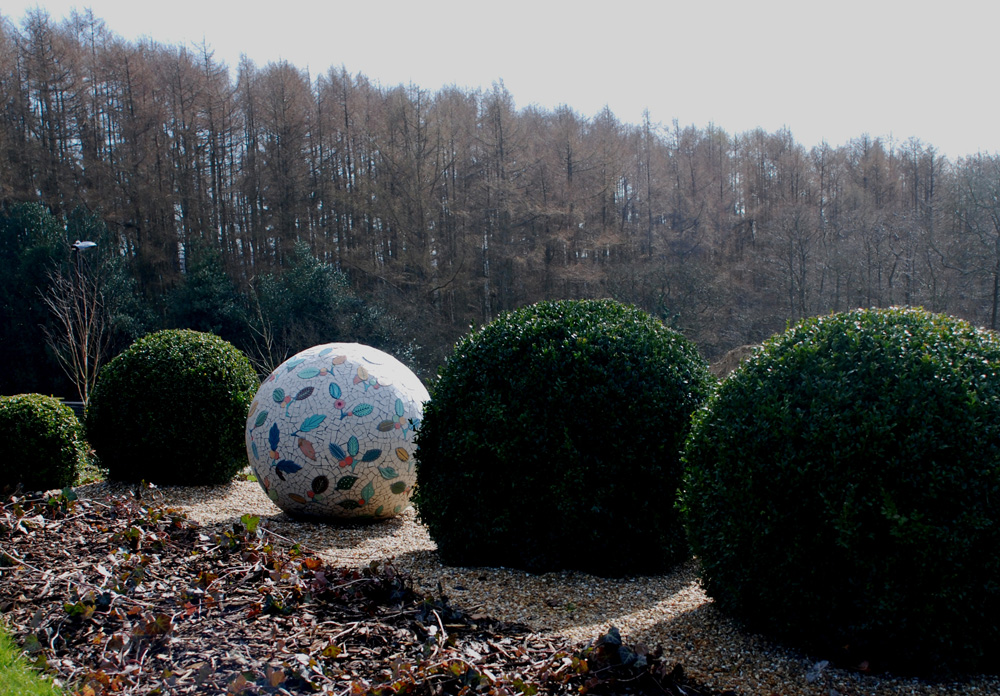 BRANDIS-Topiary Sculptures 1-Barrett Homes-2014 .jpg