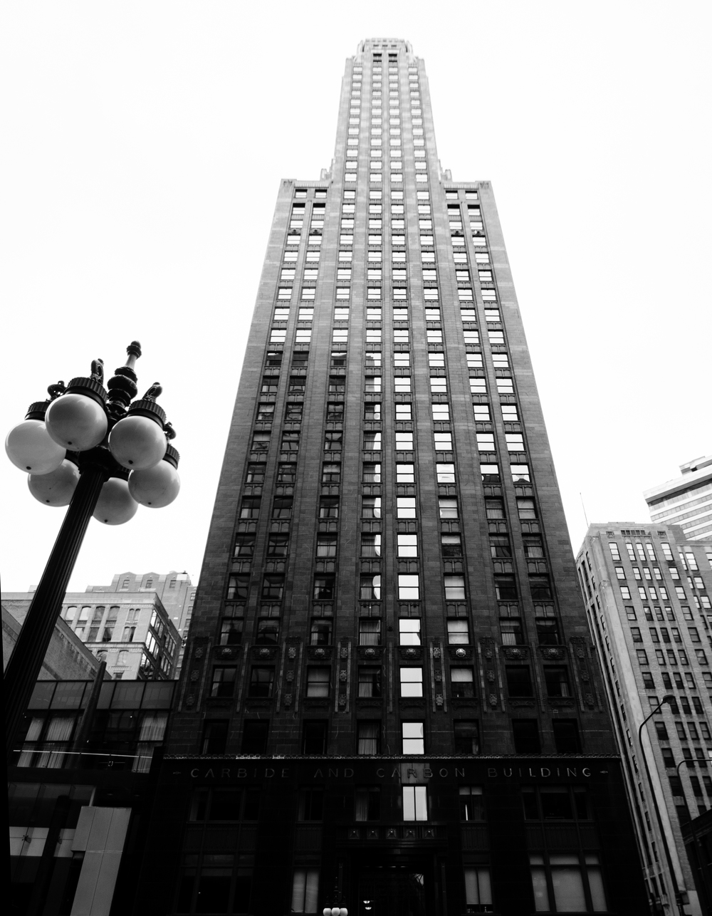 Chi_Town_BuildingBW.jpg