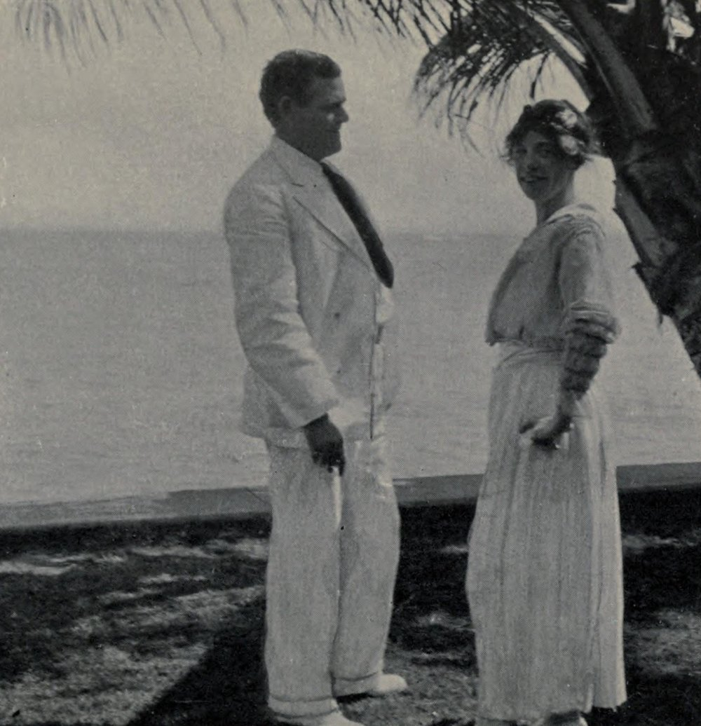 Jack_and_Charmian_at_Waikiki_1916.jpg