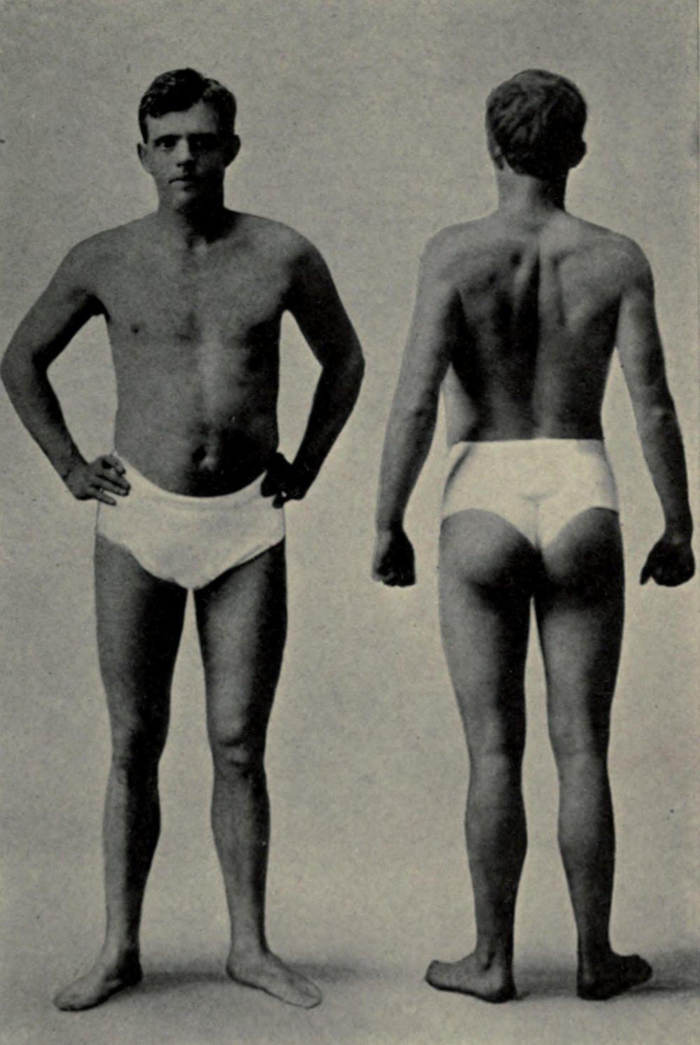 Jack_London in mutande_1904.jpg