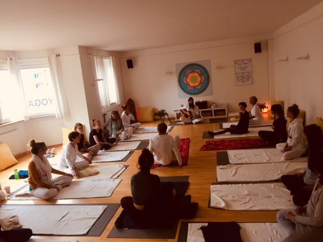 Kundalini Yoga mit Karta Purkh Singh