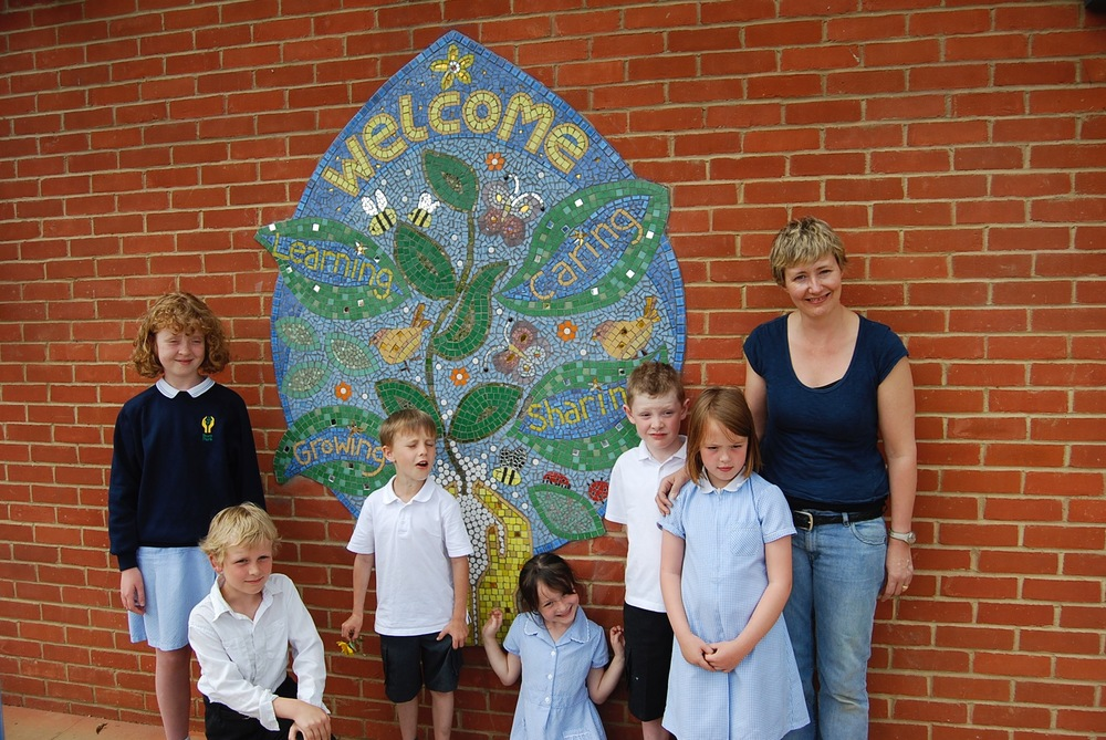 Entrance murals with tiles for primary schools