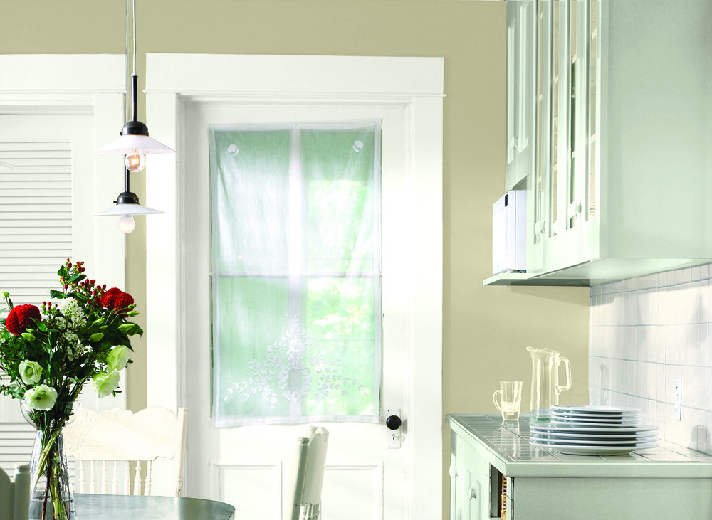 Glidden_CIL_warmneutral_kitchen_jeffersonhousetan.jpg