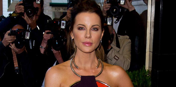 Kate Beckinsale Recalls Michael Bay Slamming Her Appearance In 'Pearl Harbor'