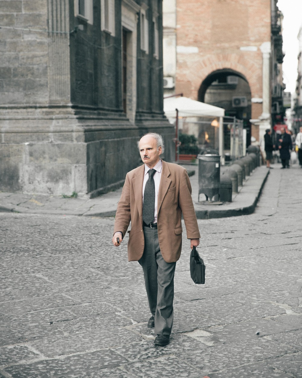 The grandpa's of Naples are very fashionable and all dress so smart!
