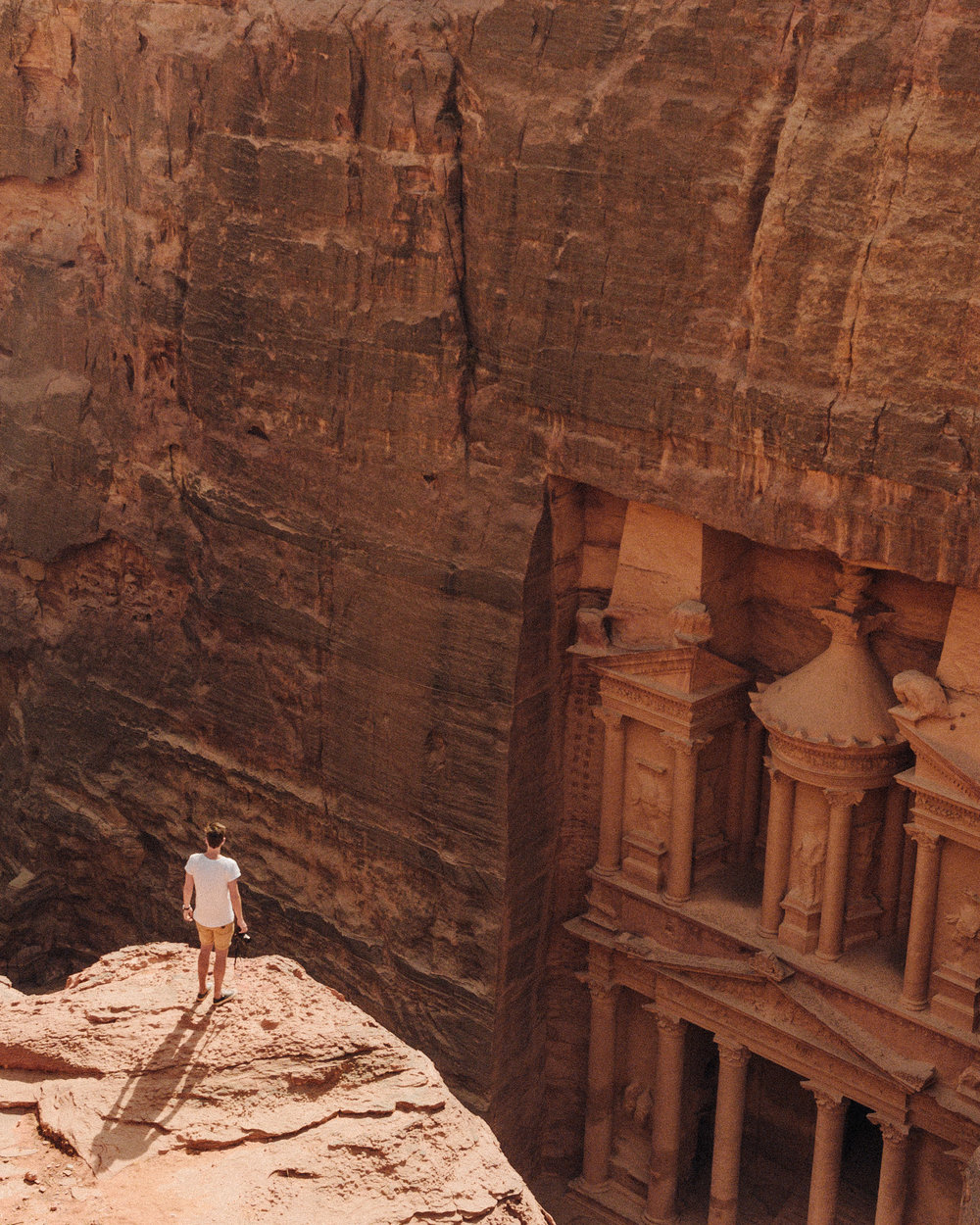 Hike-Best-View-Of-Treasury-Petra-Jordan
