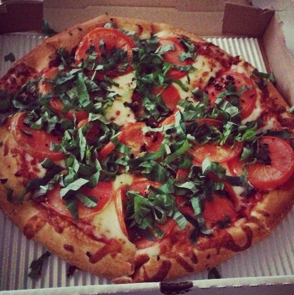gino's pizza - margherita.jpg