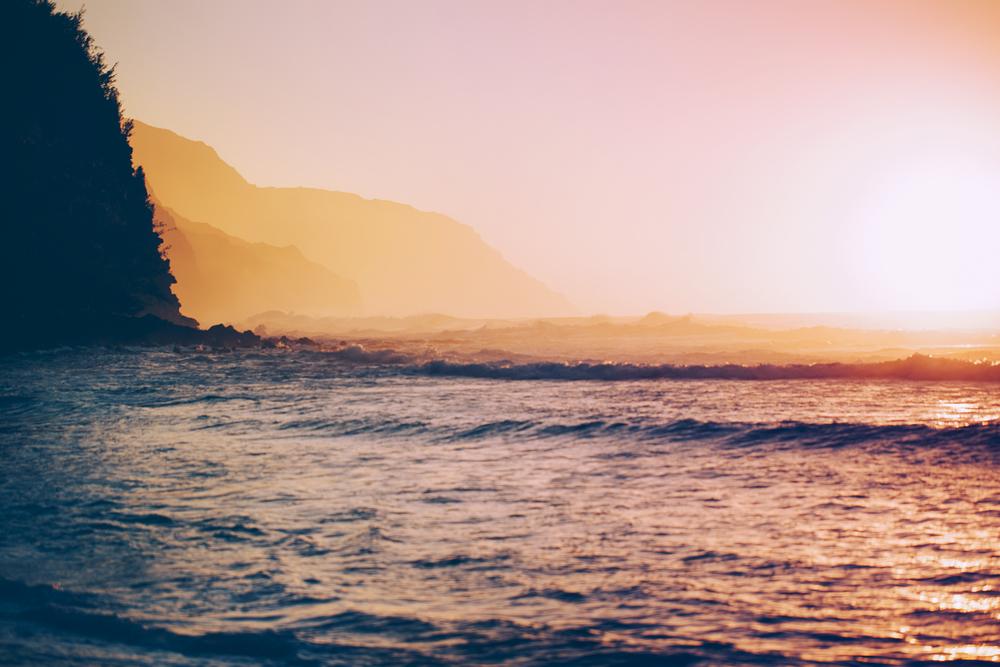 Hawaiian Sunset oceanview travel