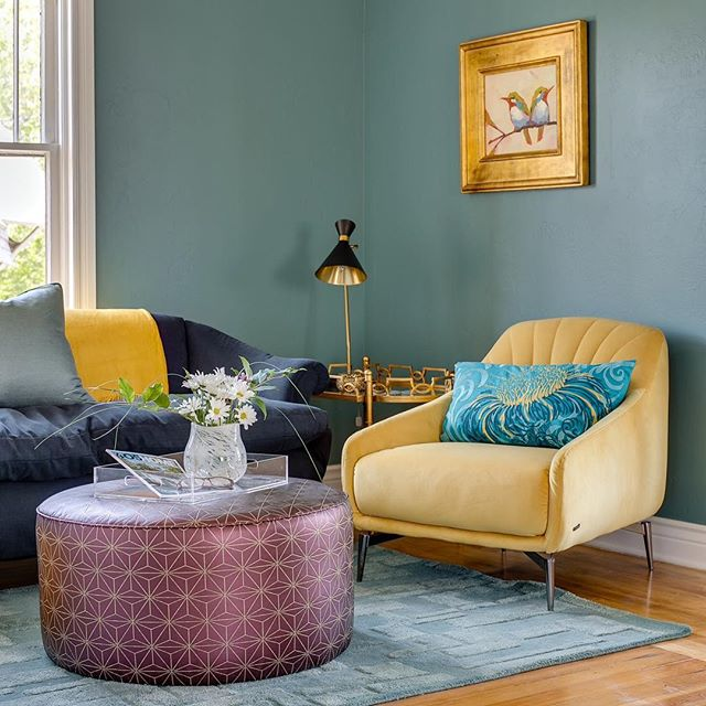Can we please have more days like today? I need more bright and cheery in my life.  #yellow #color #green #lifestyle #photography #interior #design #interiordesign #architechture #oklahoma #city #realestate #realestatephotography #okc #photographer #inlove #potd #luxury #style #homestaging #okcrealestate #home #housedecor #house