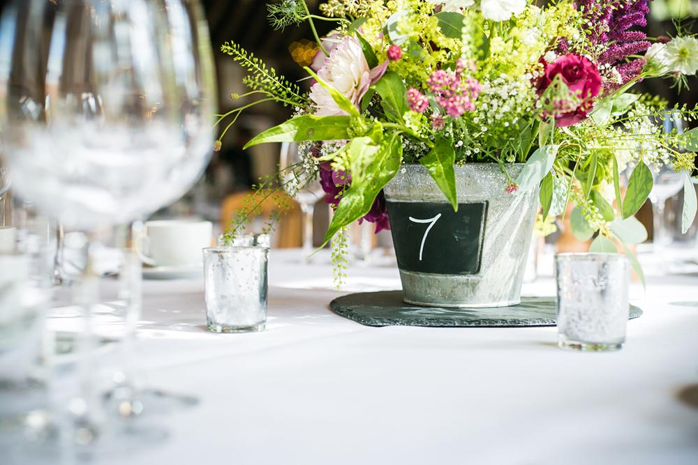 wedding_beautiful_flowers.jpg