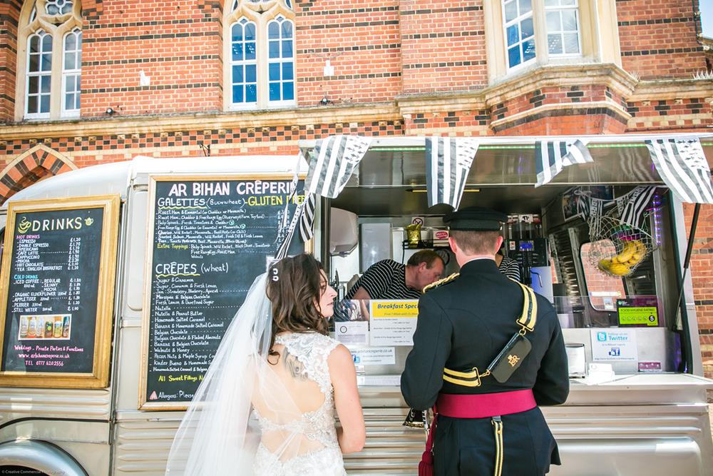 wedding_crepevan.jpg