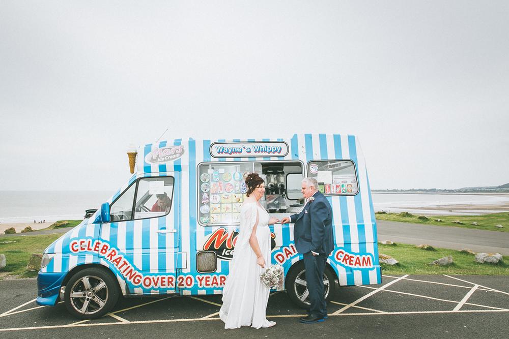wedding_icecreamvan.jpg