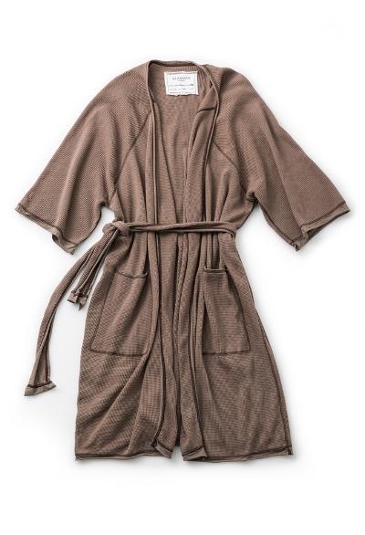 Alabama-Chanin-Organic-Cotton-Waffle-Bath-Robe_7.jpg