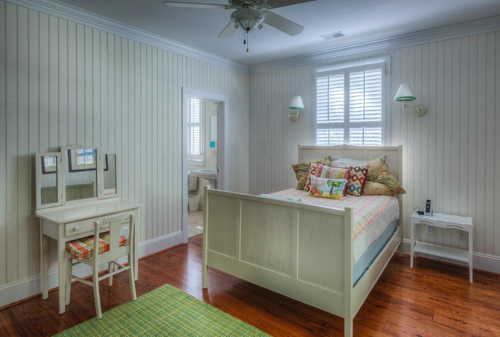 220 bedroom-one.jpg