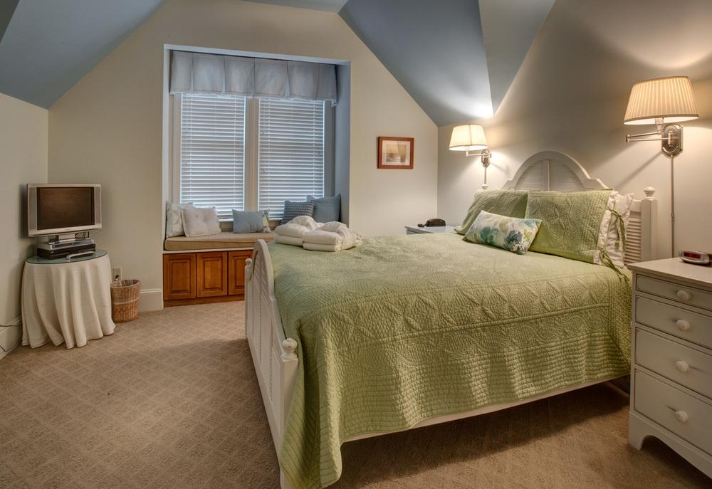 295 upper-bedroom-one-PS1.jpg