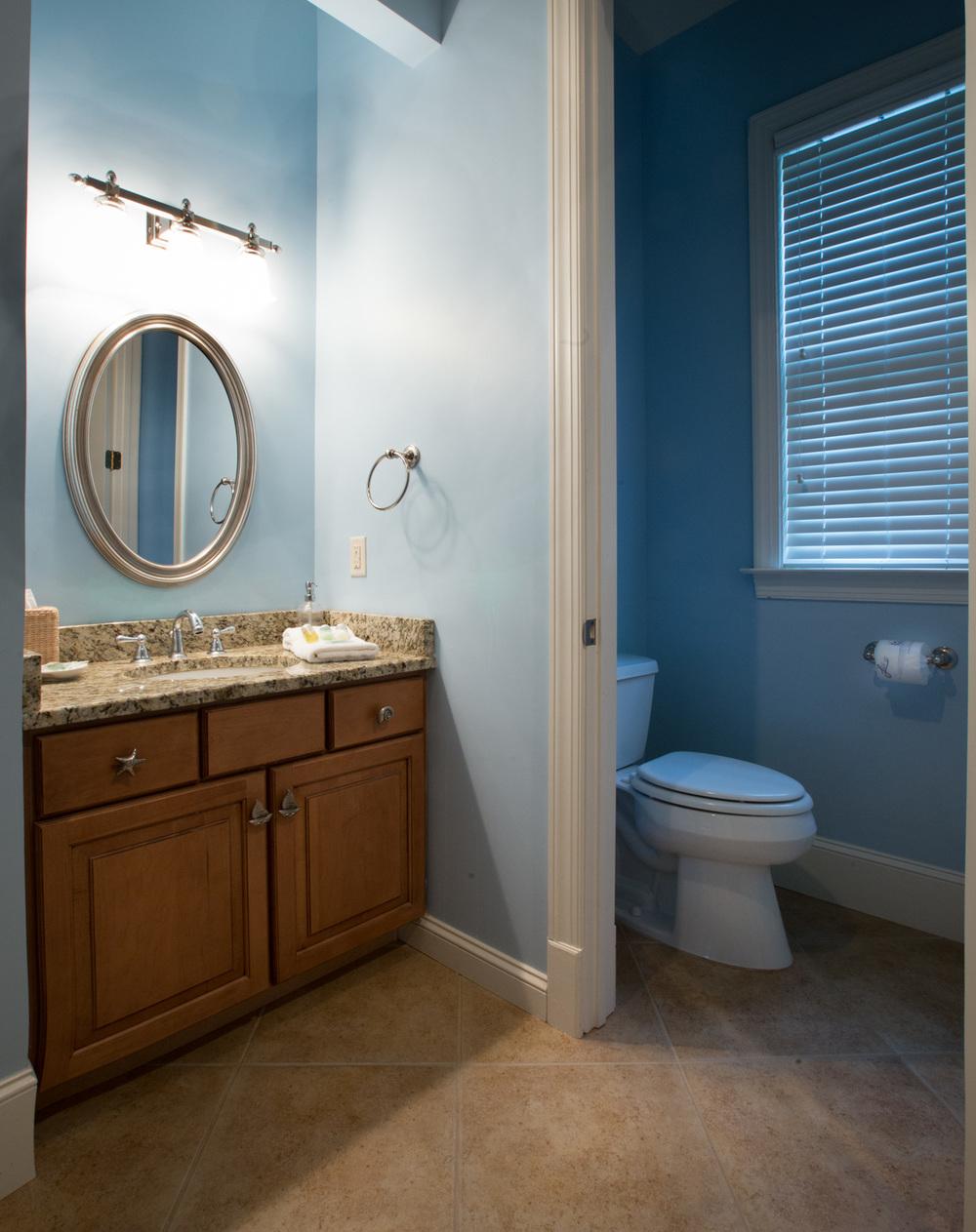 300 upper-bedroom-one-bath.jpg