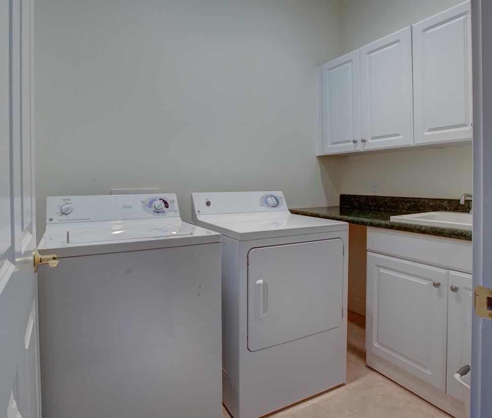 160 laundry-room.jpg