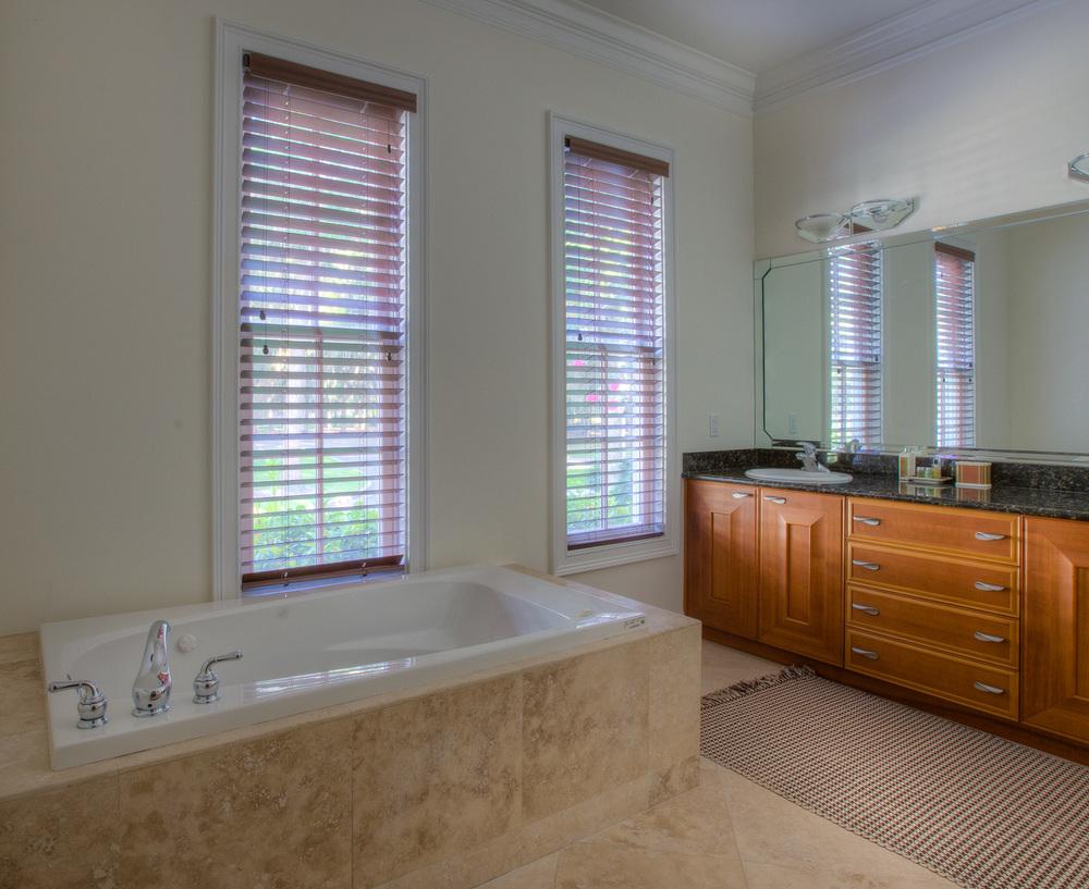 240 lower-bath-two.jpg