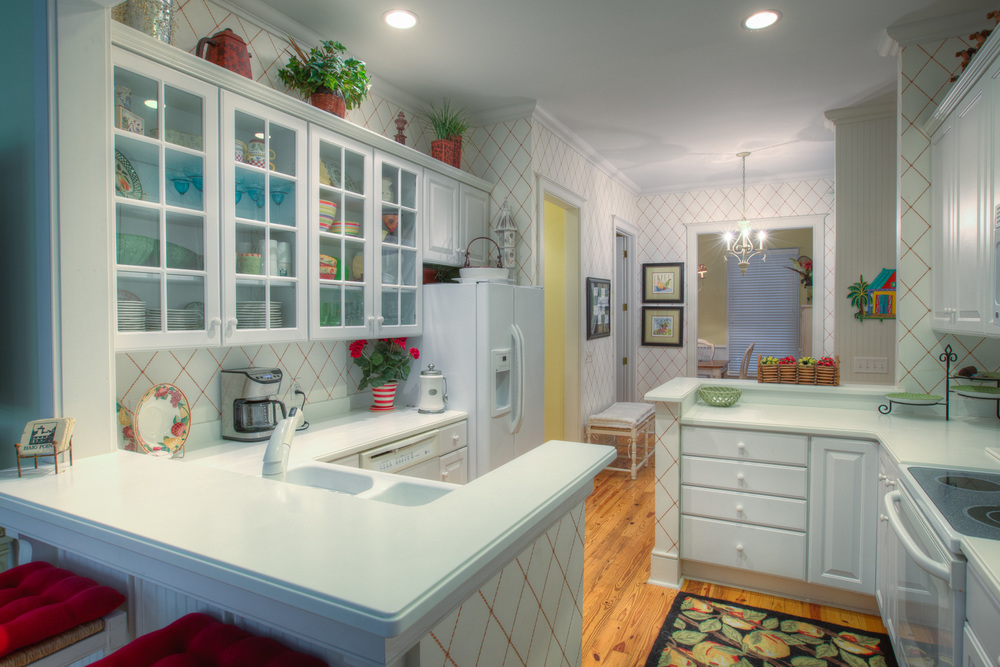 030 kitchen-back.jpg